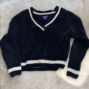 velvet v neck sweater :)